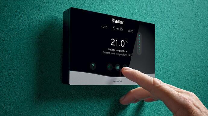 Prostorový termostat sensoHOME VRT 380