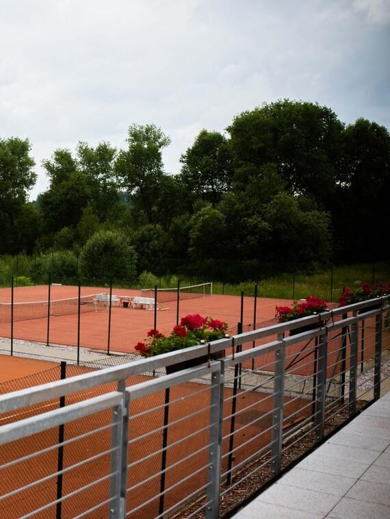 https://www.vaillant.cz/images/reference/komercni-objekty/tenisovy-areal-vrchlabi-003-833549-format-3-4@570@desktop.jpg