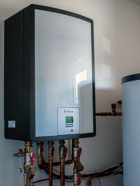 Rodinný dům Lány - Zásobník na teplou vodu VIH RW 300